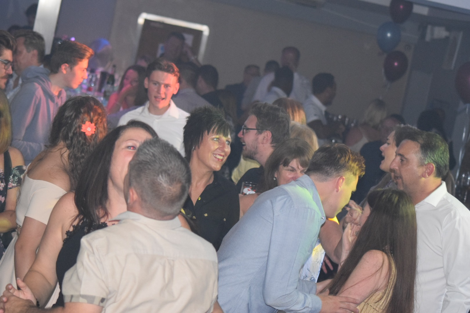 Another Packed Dance Floor !